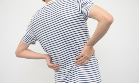 横に痛みが起こる腰痛